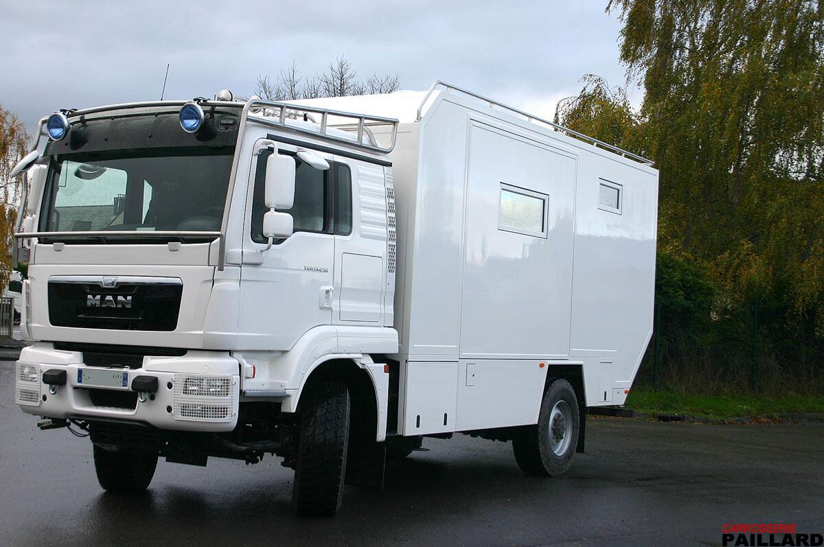 Camping-car 4×4 MAN avec Pop-out